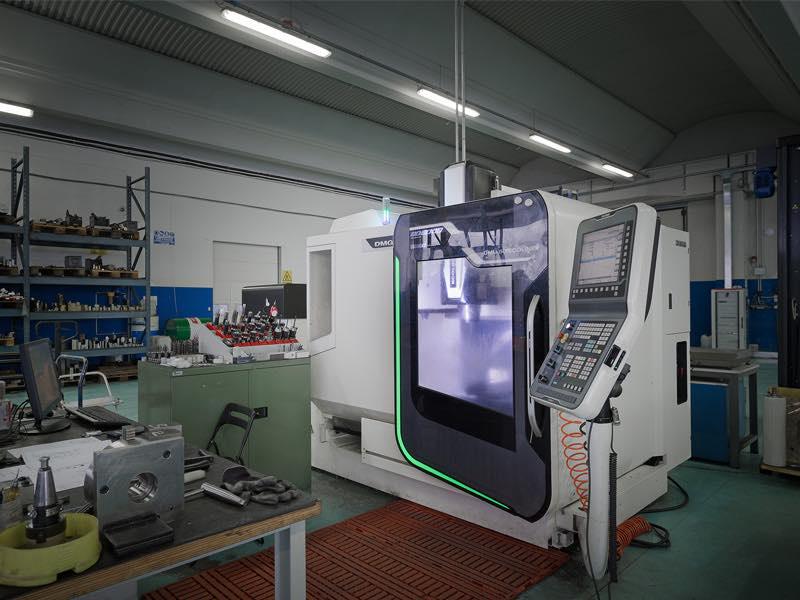 Fresatrice 5 assi DMG DMU50 - Lavorazioni Meccaniche di Precisione